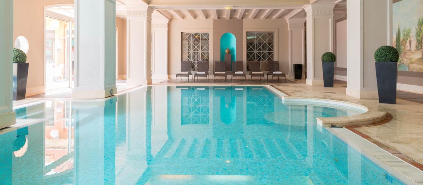 Swimming Pool Hotel Amarante Golf Plaza French Riviera