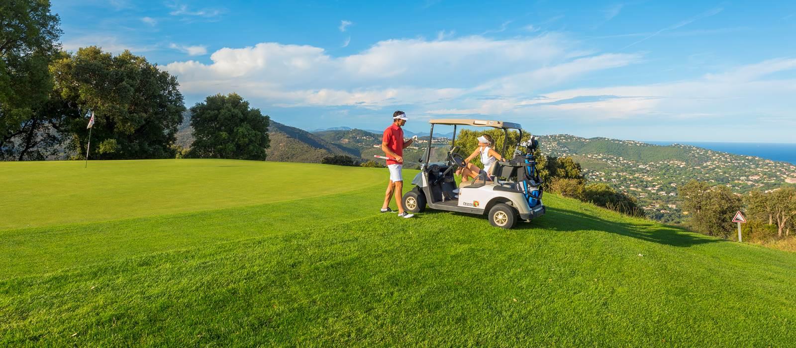 golf course of sainte maxime amarante golf plaza. Black Bedroom Furniture Sets. Home Design Ideas